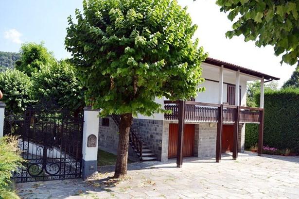 Via Per Cantu', Montorfano - ITA (photo 2)
