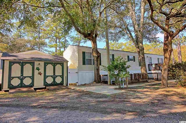 Manufactured Leased Land, Single Wide - Garden City Beach, SC (photo 1)