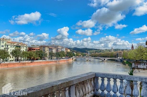 Corso Cavour Palazzo Canossa, Verona - ITA (photo 1)