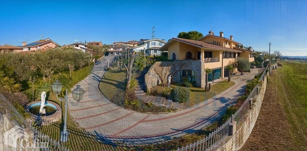 Via 1° Maggio, Verona - ITA (photo 4)