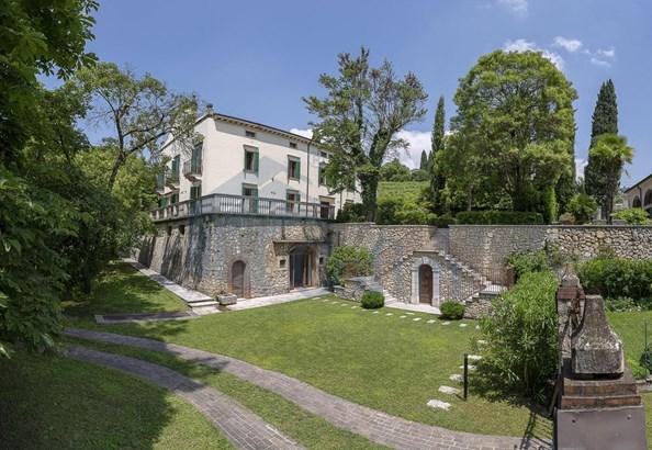 Via Sparavieri, Verona - ITA (photo 4)