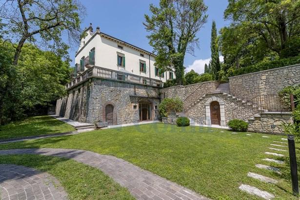 Via Sparavieri, Verona - ITA (photo 1)