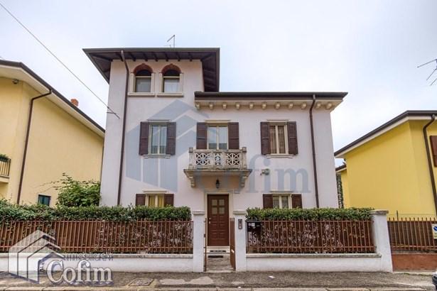 Via G. Bravo , Verona - ITA (photo 1)