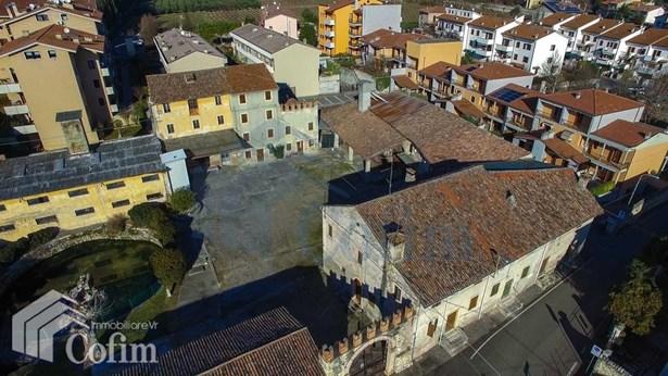 Via Delle Logge (corte Maggia Ex Corte Della Decim, Verona - ITA (photo 3)