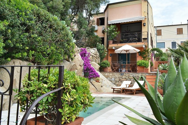 La Maddalena, Sardinia - ITA (photo 2)