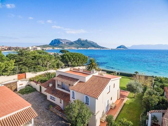 Golfo Aranci, Sardinia - ITA (photo 1)