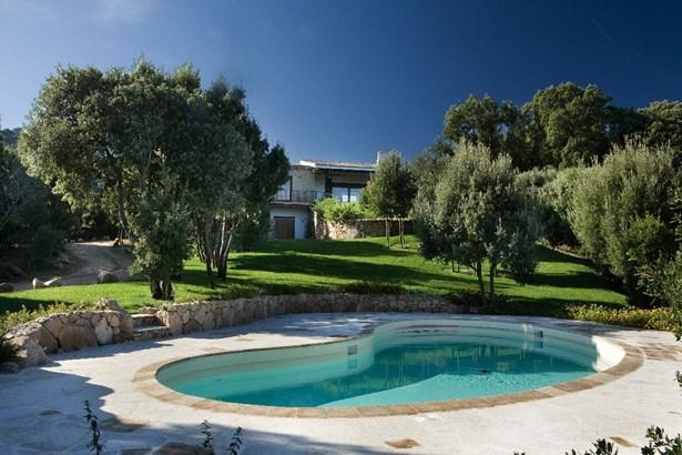Cannigione, Sardinia - ITA (photo 2)