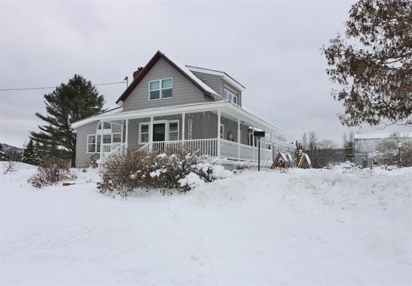 Farmhouse,w/Addition, Single Family - Milan, NH