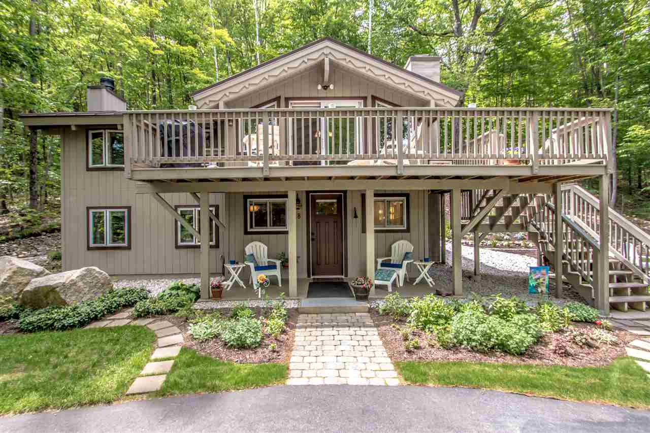 Chalet,Contemporary,Walkout Lower Level, Single Family - Bartlett, NH (photo 1)