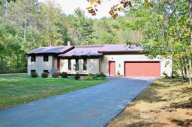 Ranch,Split Entry, Single Family - Shelburne, NH