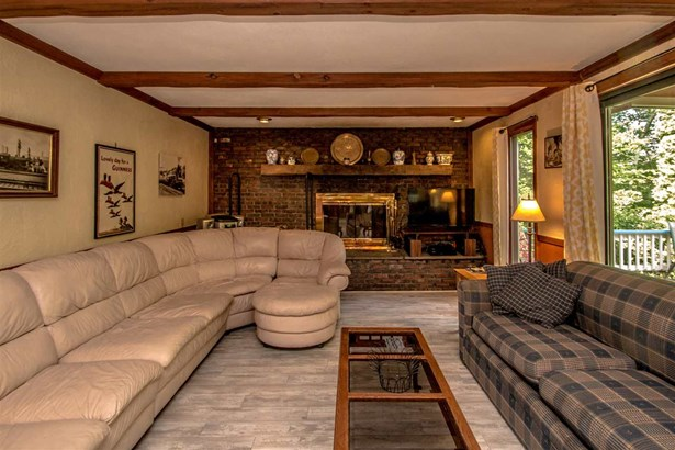 Contemporary,Multi-Level, Single Family - Bartlett, NH (photo 3)