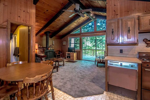 Chalet, Single Family - Conway, NH (photo 4)