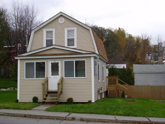 Gambrel, Single Family - Berlin, NH (photo 2)