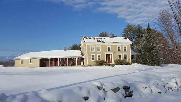 Single Family Residence, Colonial - Fryeburg, ME