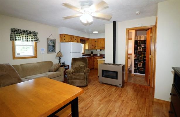 Cottage/Camp, Single Family - Stark, NH (photo 3)