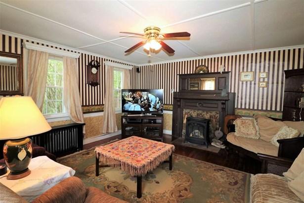 Colonial,Historic Vintage, Single Family - Shelburne, NH (photo 3)