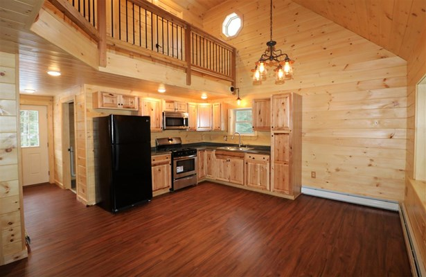 Cabin,Cape,Chalet,Cottage/Camp,Modern Architecture,Top Floor,Walkout Lower Level - Single Family (photo 2)