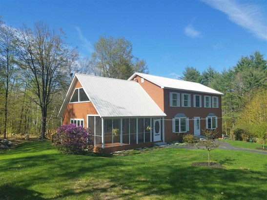 Colonial,w/Addition,Walkout Lower Level, Single Family - Fryeburg, ME (photo 1)