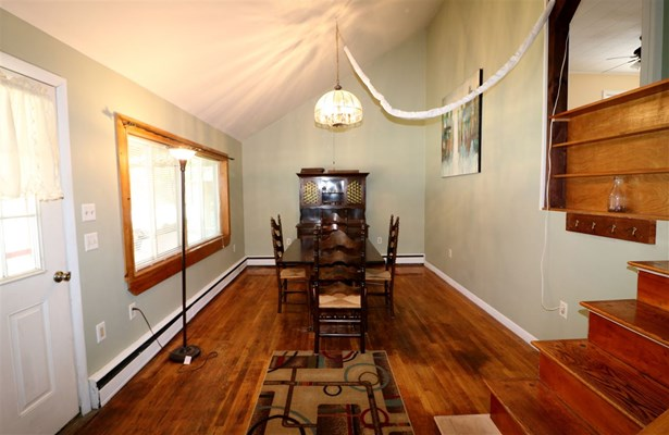 Ranch,Split Level, Single Family - Berlin, NH (photo 4)