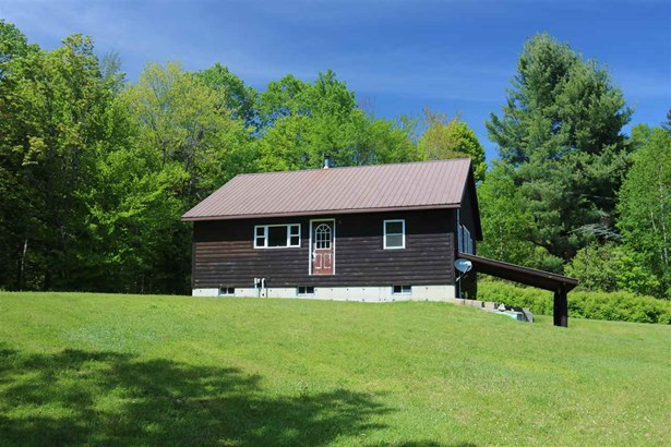 Ranch,Walkout Lower Level, Single Family - Wentworths Location, NH (photo 2)