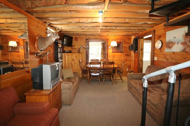 Ranch,Walkout Lower Level, Single Family - Wentworths Location, NH (photo 5)