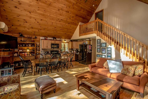 Chalet,Log, Single Family - Conway, NH (photo 4)