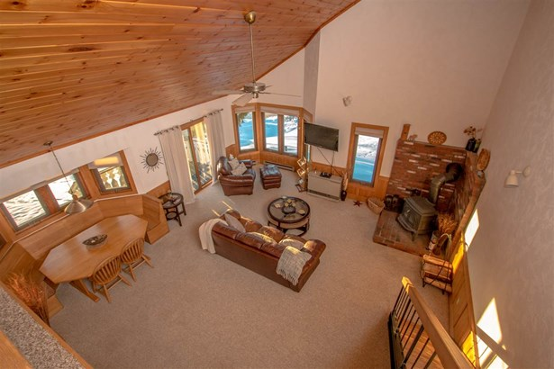 Chalet,Top Floor, Condo - Bartlett, NH (photo 4)