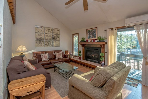 Townhouse, Condo - Conway, NH (photo 2)