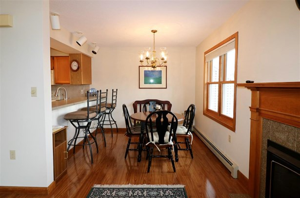 Tri-Level,Walkout Lower Level, Single Family - Berlin, NH (photo 5)