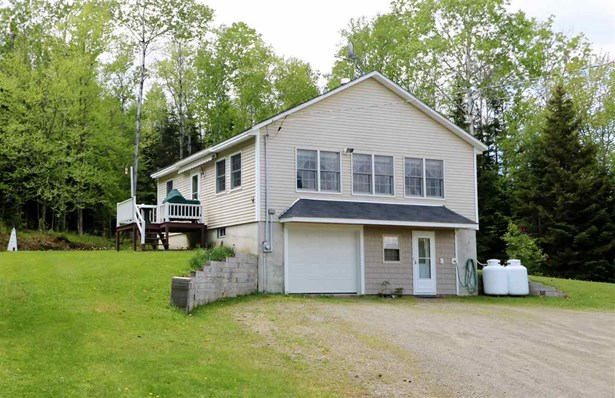 Raised Ranch, Single Family - Dummer, NH (photo 1)