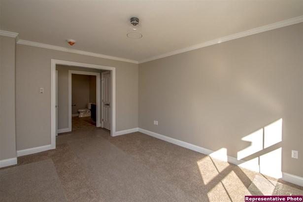 Contemporary,Top Floor, Condo - Conway, NH (photo 5)