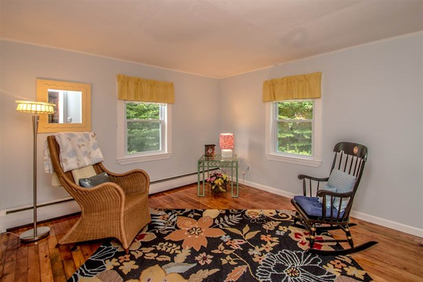 Cape, Single Family - Conway, NH (photo 4)