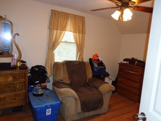 Cape, Single Family - Gorham, NH (photo 5)