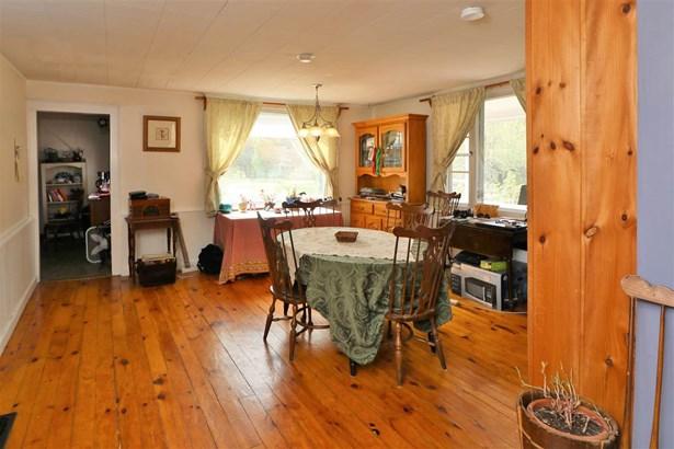Cape, Single Family - Shelburne, NH (photo 3)