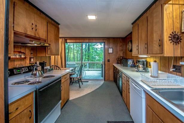 Contemporary, Single Family - Madison, NH (photo 5)