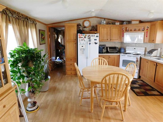 Mobile Home, Manuf/Mobile - Lancaster, NH (photo 2)
