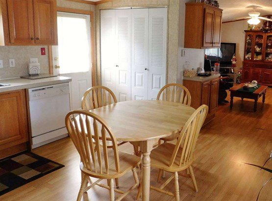 Mobile Home, Manuf/Mobile - Lancaster, NH (photo 3)