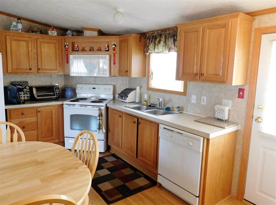 Mobile Home, Manuf/Mobile - Lancaster, NH (photo 5)