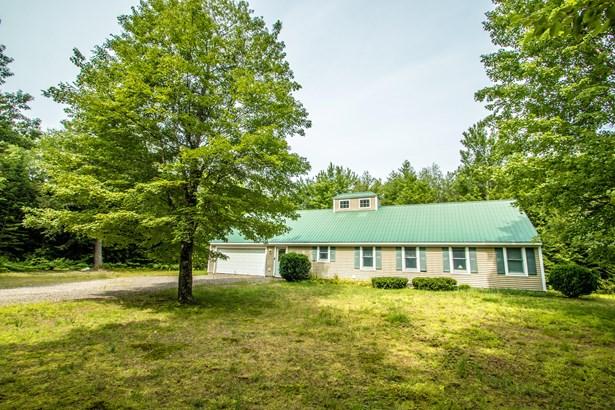 Single Family Residence, Ranch - Fryeburg, ME