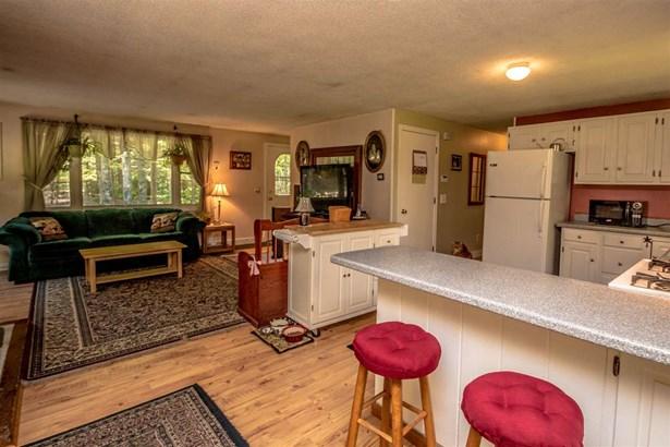 Ranch, Single Family - Conway, NH (photo 4)