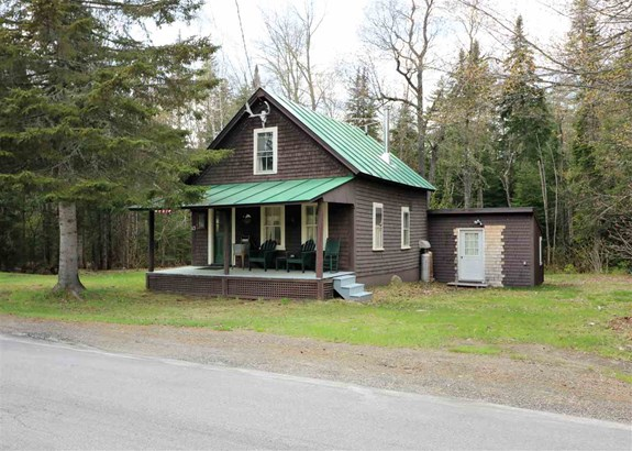 Cabin, Single Family - Errol, NH (photo 2)