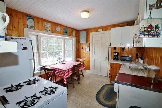 Cabin, Single Family - Errol, NH (photo 3)