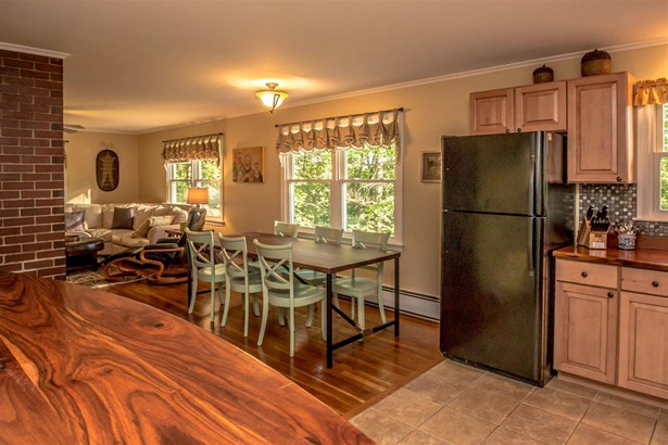 Multi-Level,Ranch, Single Family - Conway, NH (photo 5)