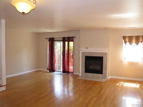 Condominium, Town House - Monroe, NY (photo 5)
