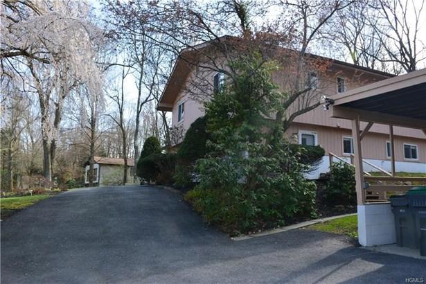 Contemporary, Single Family - Newburgh, NY (photo 3)