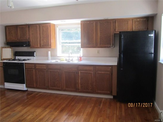Rental, Colonial - Port Jervis, NY (photo 4)