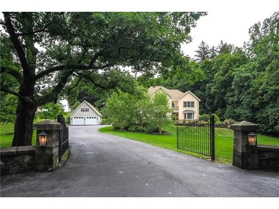 Colonial, Single Family - Newburgh, NY (photo 1)