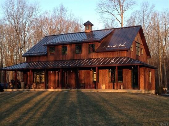 Farm House, Single Family - Gardiner, NY (photo 1)