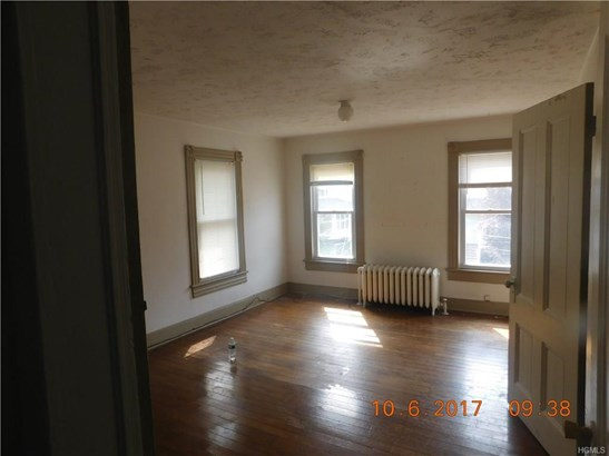 Flats, Foursquare - Middletown, NY (photo 2)