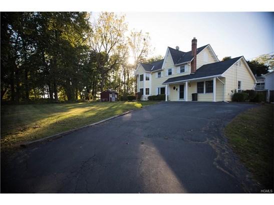 Colonial, Single Family - New Windsor, NY (photo 2)